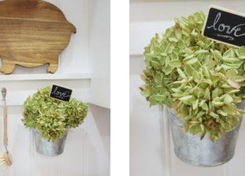 Composizione di fiori nel vaso a sospensione. Idea e la realizzazione