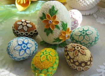 Uova di Pasqua con la tecnica del quilling. 35 idee