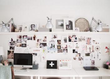 50 idee per disporre le foto sulle pareti. Schema consigliato