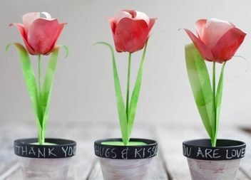 Tulipani di carta nel vaso. Master-class