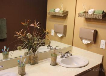 Arredamento laconico del bagno: 20 idee