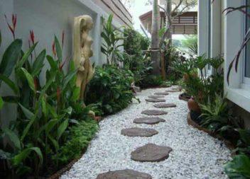 Sentieri in giardino con le proprie mani