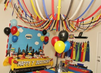 """Compleanno per bambini in stile """"Supereroi"""": decorzione e dettagli"""