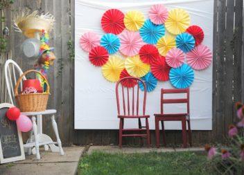 Zona fotografica fai da te: 17 idee per la festa