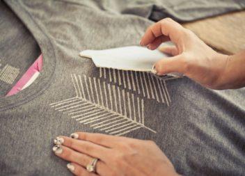 Idee ed il master-class su come riutilizzare la vecchia maglietta