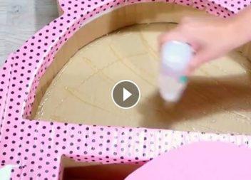 Mensola di carta per le ragazze: creazione con video-lezione