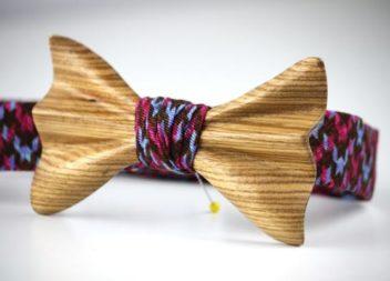 Cravatta a farfalla di legno