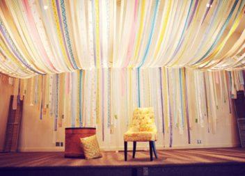 Decorazione soffitto: 21 idee per le feste e non solo