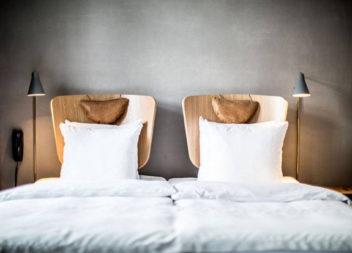 Decorazione spazio sopra il letto: 25 foto-idee