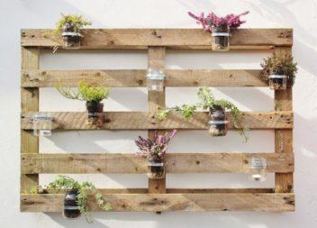 Ecco la bellezza del giardino con l'aiuto di pallet di legno: 16 foto-idee