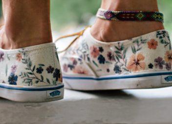 Idee su scarpe dipinte: foto-lezione
