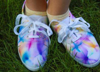 Rendiamo la vita più luminosa, rinnovate le scarpe vecchie