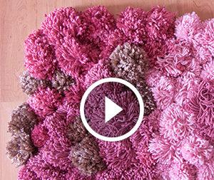 Tappeto fatto di pompon