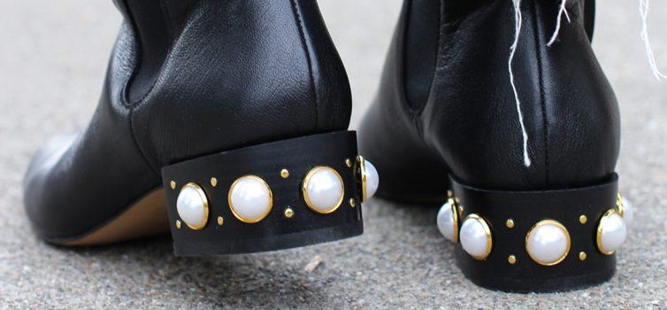 Decorazione scarpe con le perle