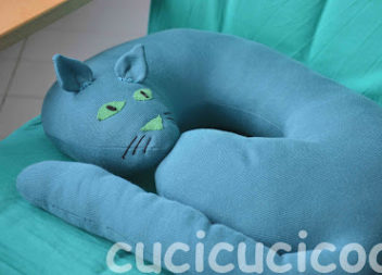 Idea per il viaggio: un cuscino sotto il collo