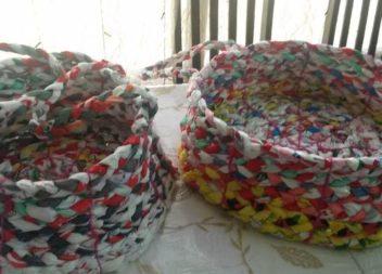 Creazione del cestino con sacchetti di polietilene
