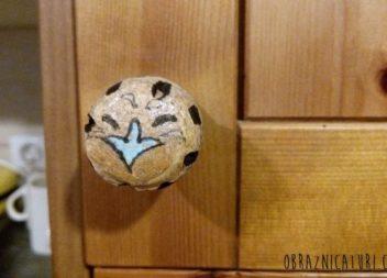 Lifehack: maniglia della porta in sughero