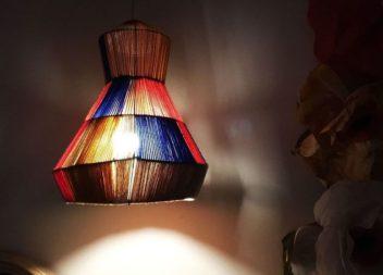 Un lampadario improvvisato fai da te