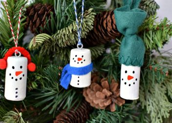 Decorazioni natalizie da tappi di vino
