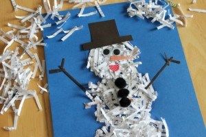 Applicazione per bambini: pupazzo di neve di carta