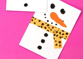 Cartolina-pupazzo di neve: un'idea per bambini
