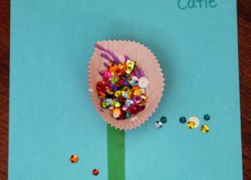 Handmade per bambini: applicazione floreale