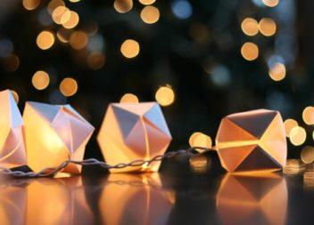 L'arredamento della ghirlanda: scatole di origami