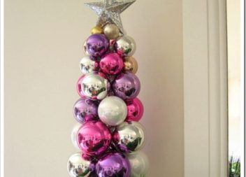 Decorazione elegante per il Capodanno: albero di Natale