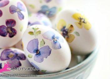 Decoriamo le uova di Pasqua con la carta. 20 idee