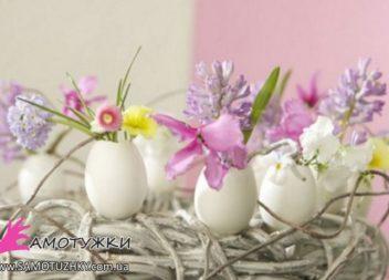 Fiori sul tavolo di Pasqua. 20 idee